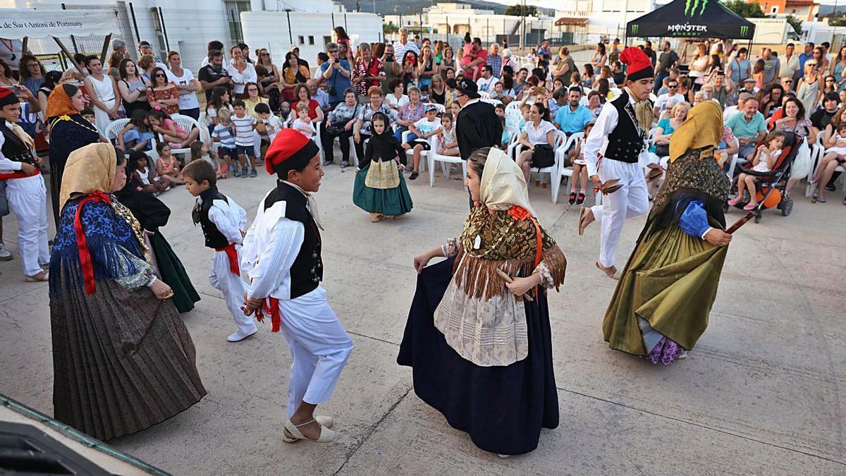 Celebración de la Nit de Sant Joan del IEE en 2019.     J.A. RIERA