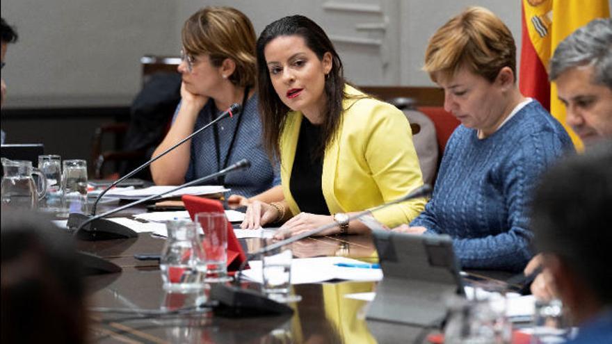 El Gobierno invierte 50.000 euros para apoyar el despliegue de Jet2 en Canarias