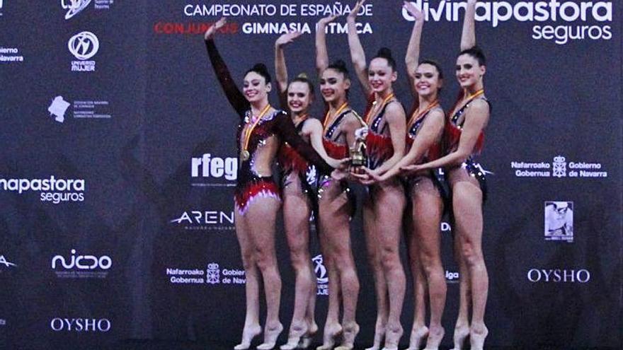 El equipo del Consell de gimnasia rítmica cierra el año con el título nacional en categoría senior