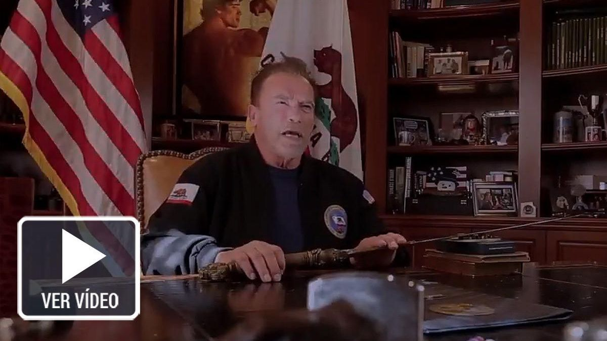 """Schwarzenegger brandishes Conan's sword against Trump: """"I wanted a coup"""""""