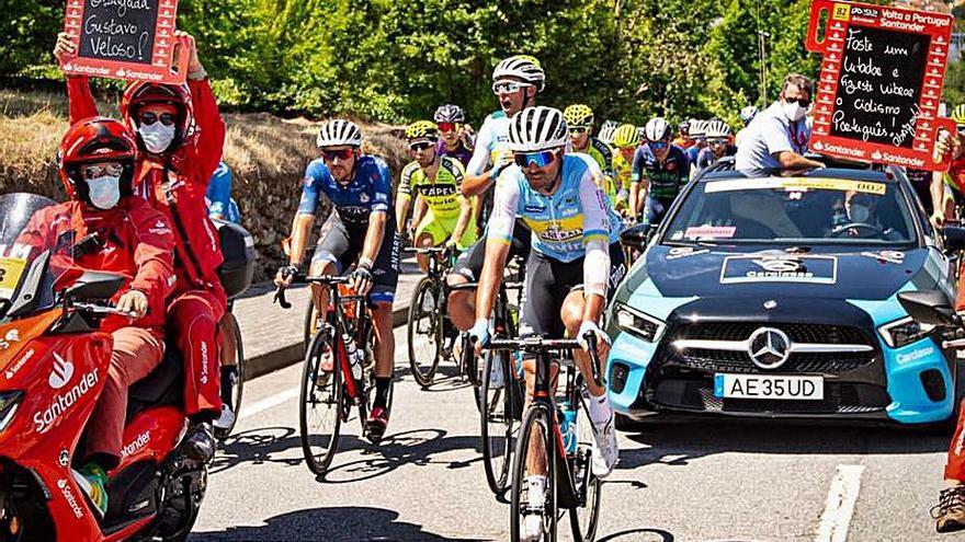 El ciclismo portugués homenajea a Veloso