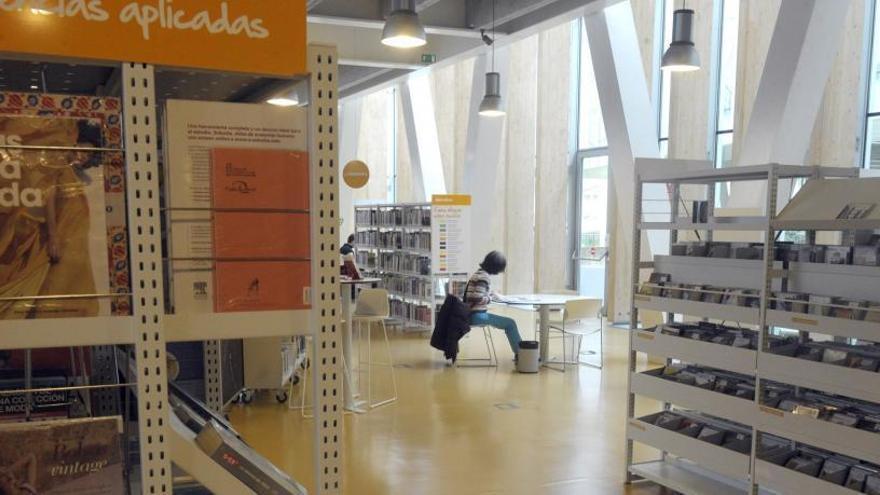 El personal de las bibliotecas de A Coruña anuncia huelga desde el 20 de mayo
