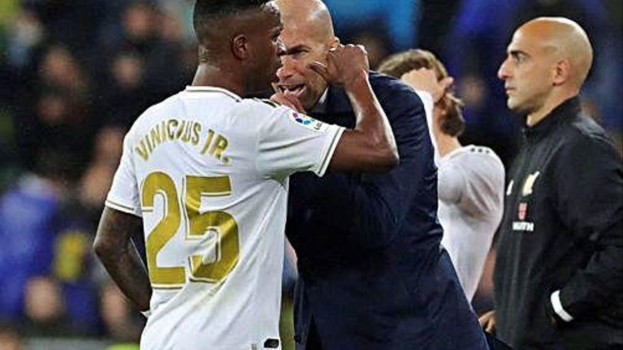 El Real Madrid: De Miljanic a Zidane, de Camacho a Vinicius