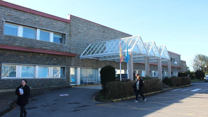 """Los alcaldes quieren ver el Hospital de Jarrio funcionando """"al cien por ciento"""""""