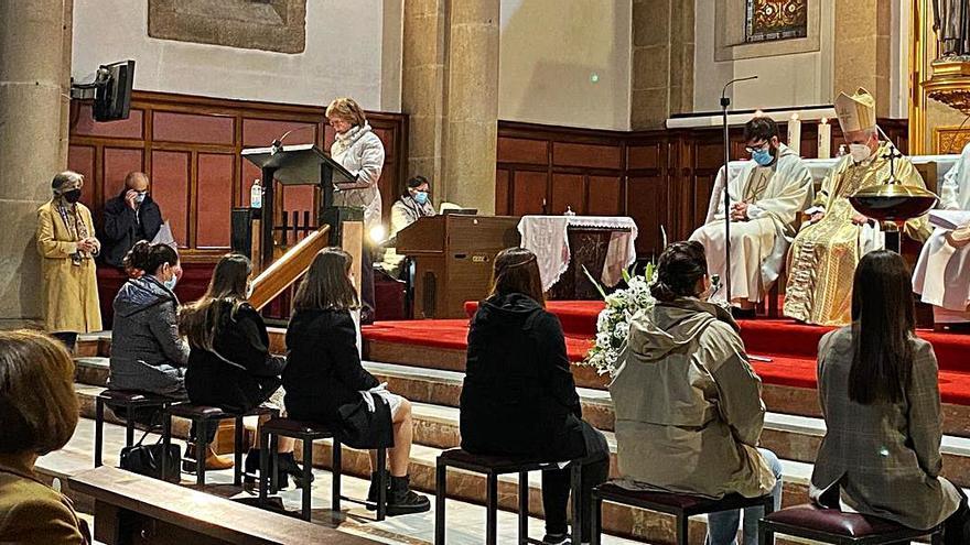 La parroquia del Carmen sopla las 50 velas tras 70.000 misas y 12.000 comuniones y bautizos