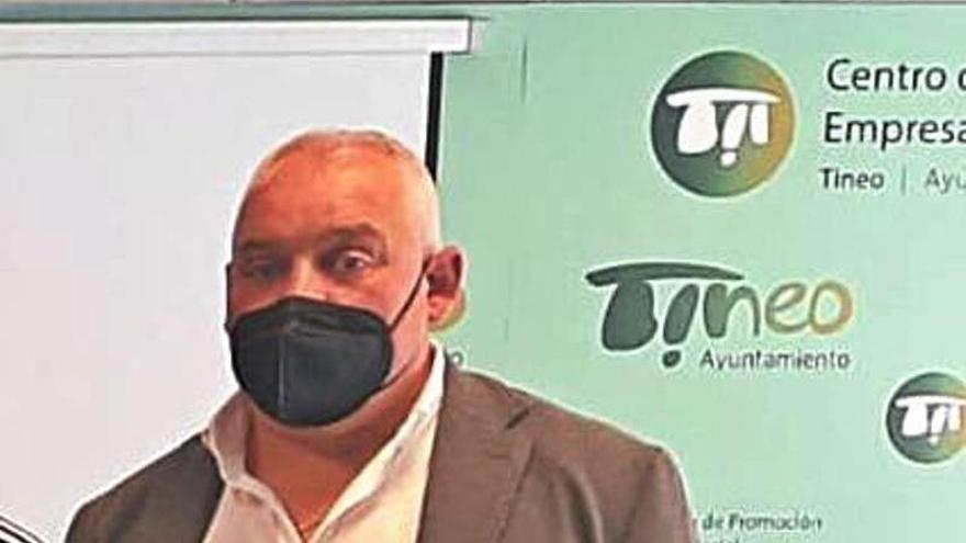 Agustín Menéndez, reelegido presidente de la IGP del chosco