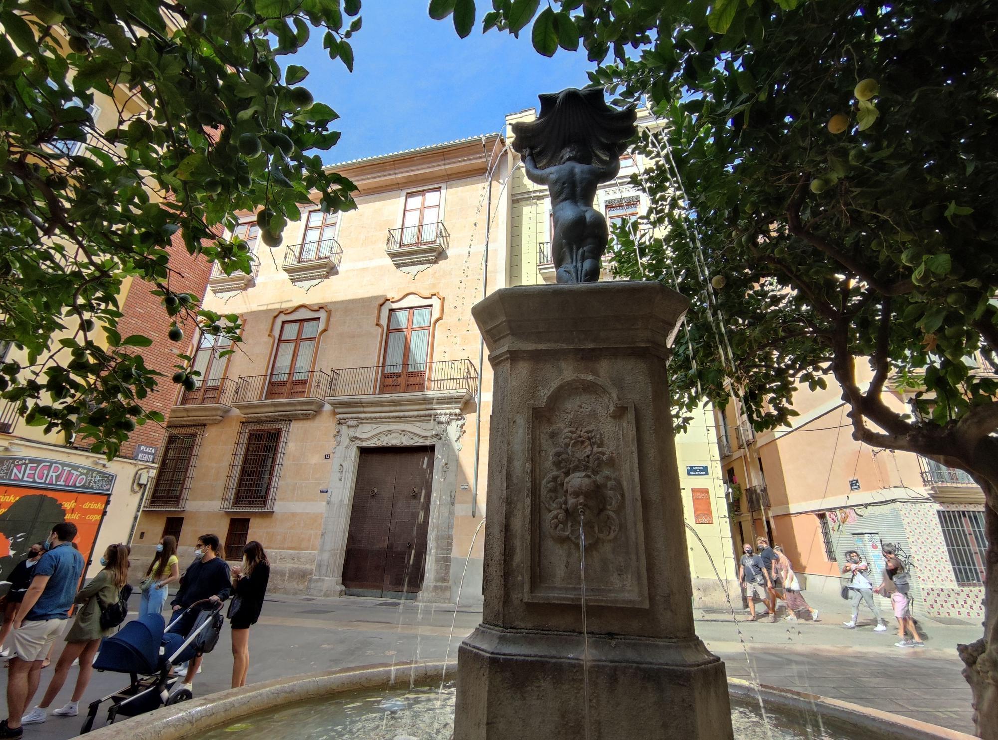"""La plaza del Negrito, plaza  de """"Nuestra Señora de Contra la Peste"""""""