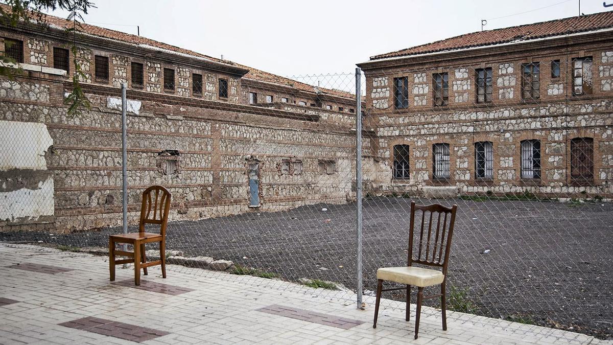 El antiguo patio de la prisión, sin las latas lanzadas por algunos tertulianos.