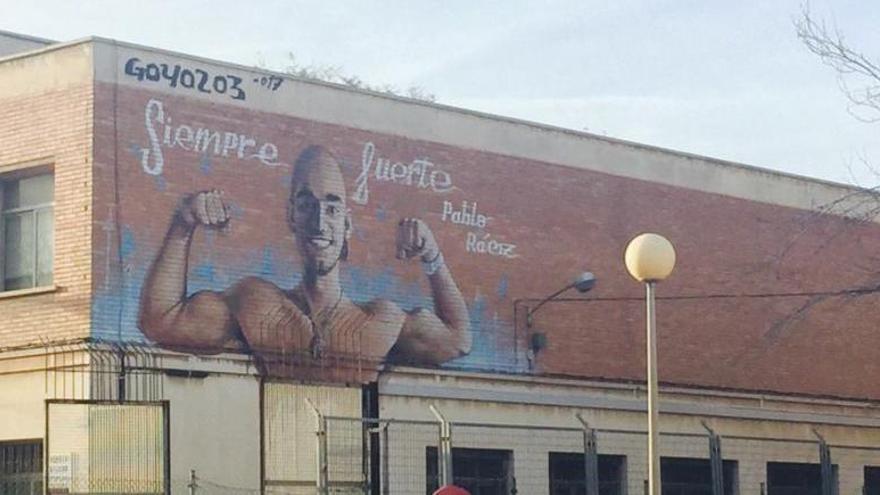 Un mural recuerda en Cartagena a Pablo Raez