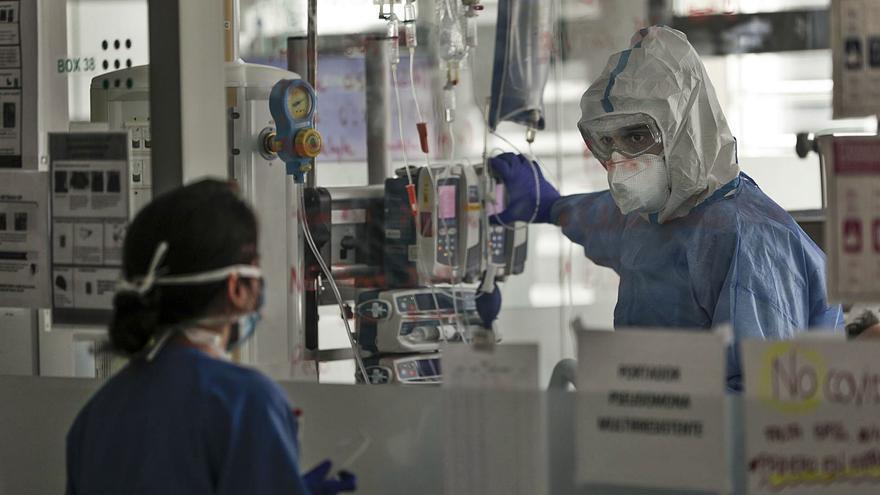 Salud baraja derivar pacientes de covid en UCI a otras regiones
