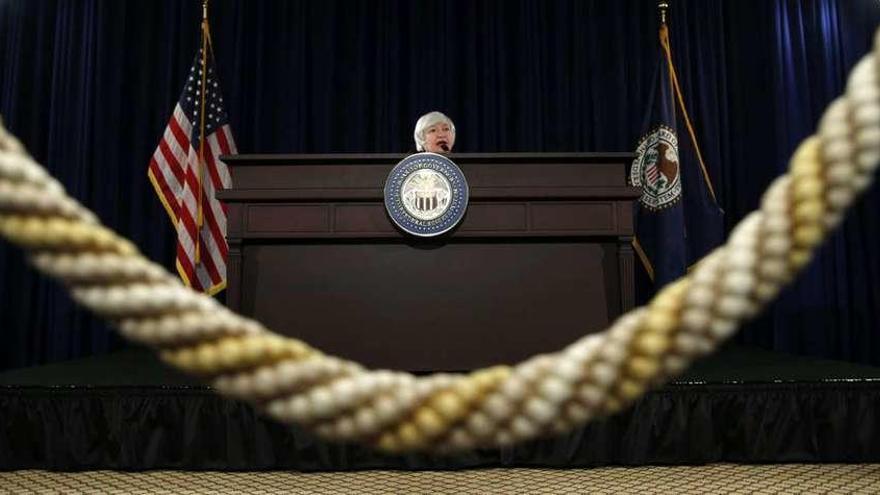 Yellen tensa la cuerda