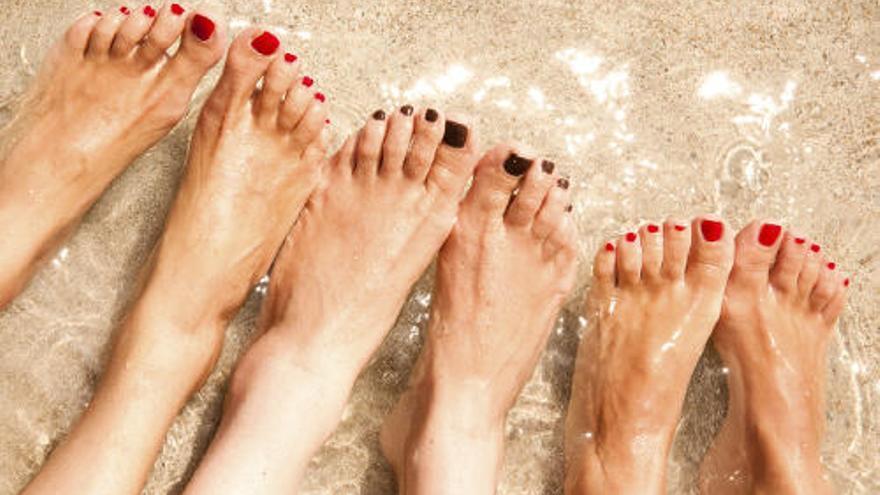 Esmalte de uñas en verano: esto es lo que debes hacer si no quieres tener un susto