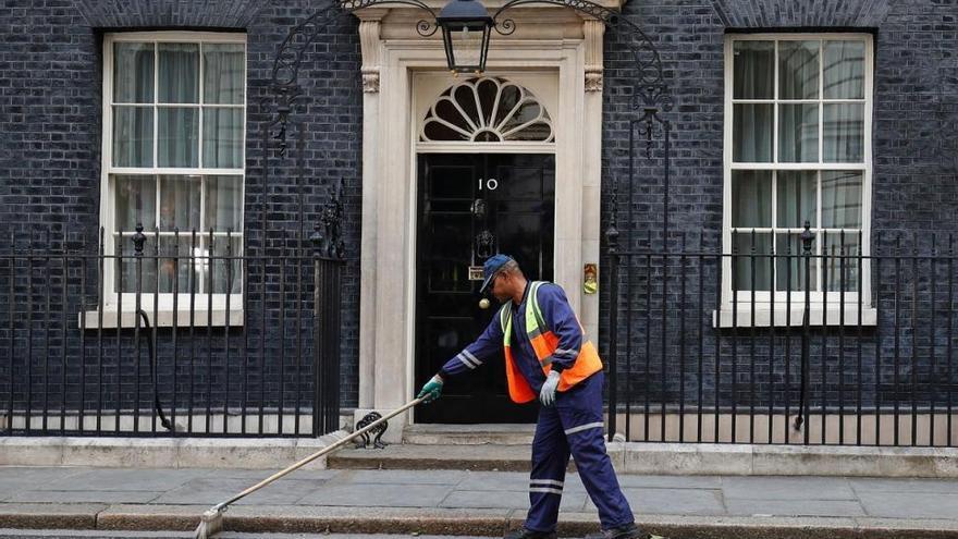May prometió dimitir si perdía la mayoría ¿Cumplirá su promesa?