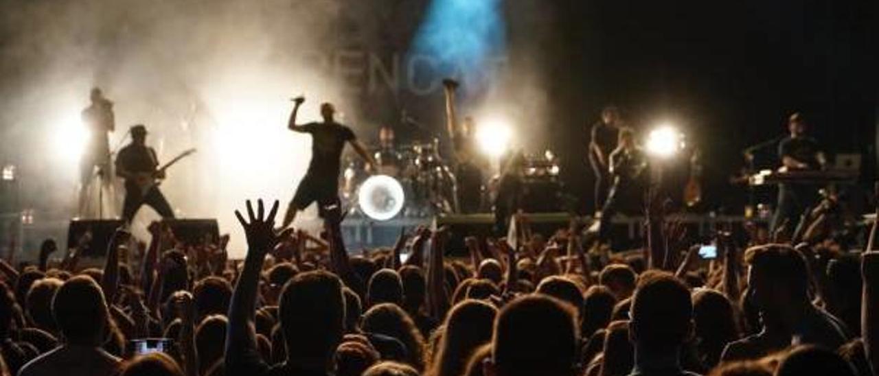 Concert de Benvinguda con Txarango y Aspencat celebrado el pasado octubre en la Plaza de Toros de València.