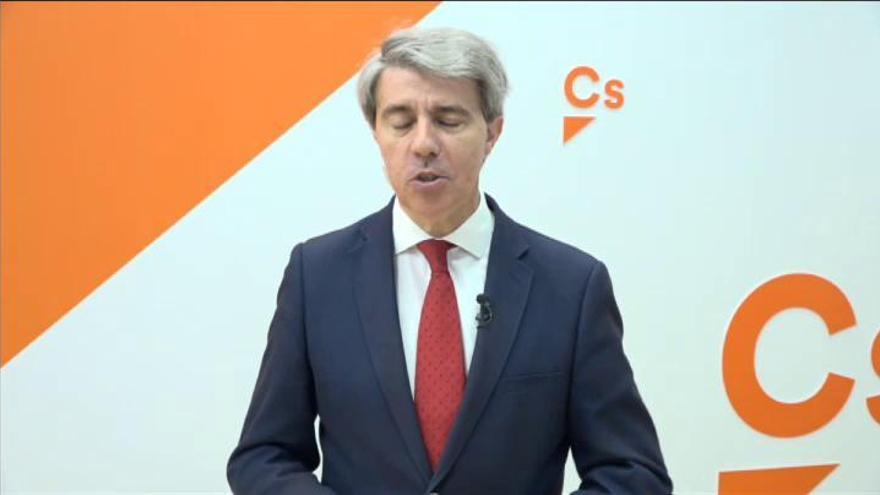 "Garrido llama tránsfuga a Casado por convertir al PP en un ""Vox azul"""