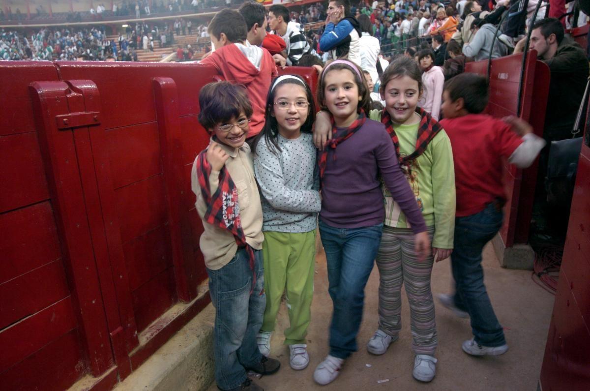 El Pilar y los niños