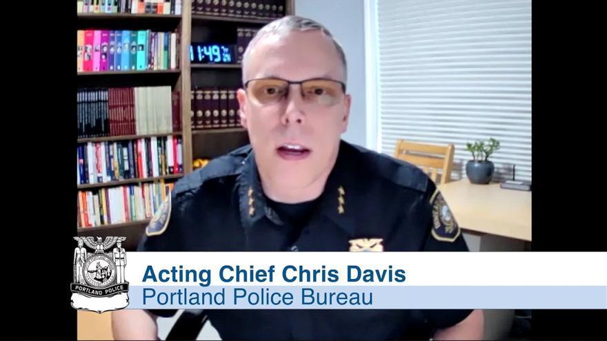 Antidisturbios de Portland renuncian en bloque tras una acusación a un agente
