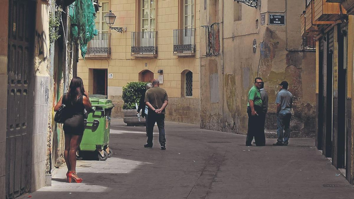 València anuncia la constitución de un foro de expertos que planteará medidas para erradicar la prostitución