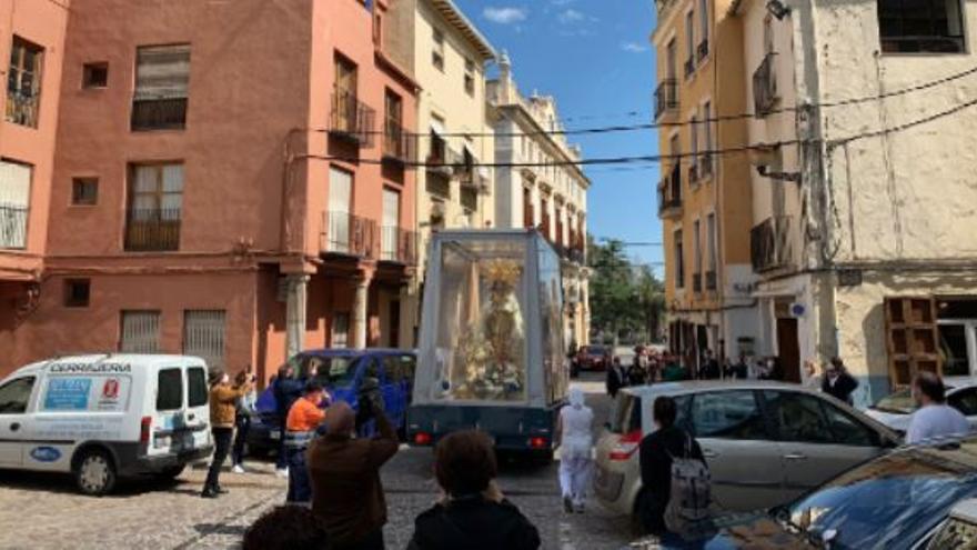 La Virgen emociona en Sagunt y Canet