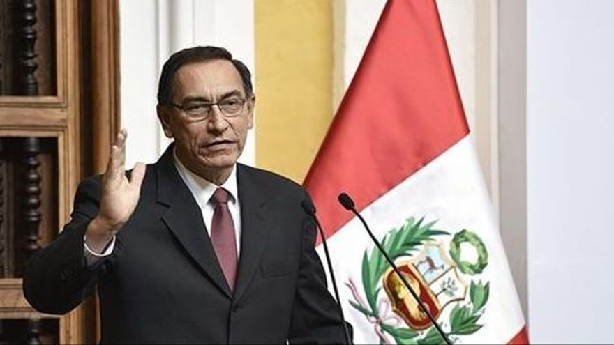 ¿Quién es Martín Vizcarra, el posible nuevo presidente de Perú?