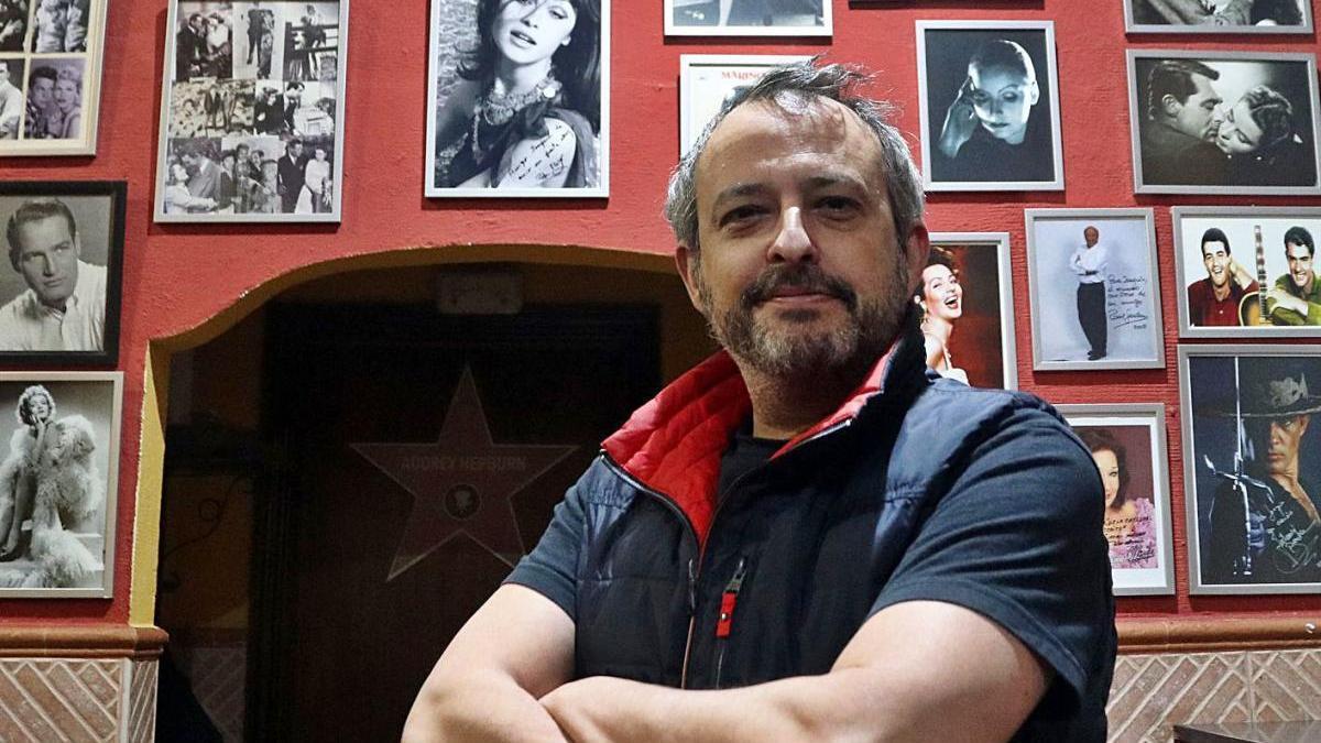 Joaquín Pedrera, dueño de 'La Catedral del Pescaíto' en el local.