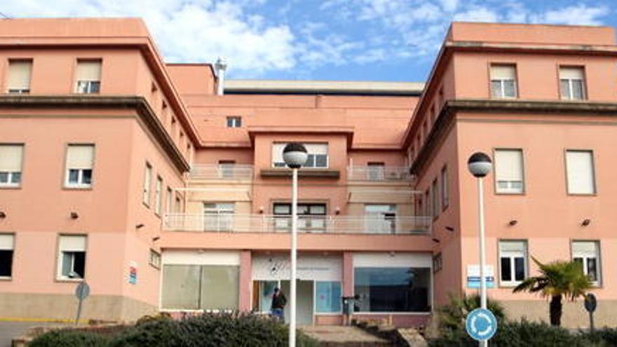 L'hospital de Palamós reobre un quiròfan per l'estabilització en els ingressos
