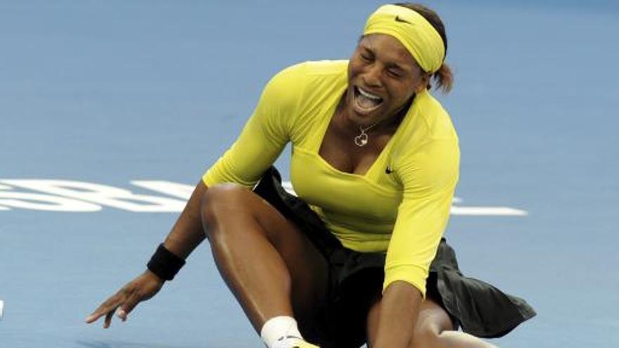 Serena se lesiona a dos semanas del Open de Australia