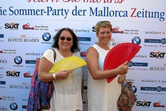 MZ-Autorin Martina Zender mit Eva Strunz