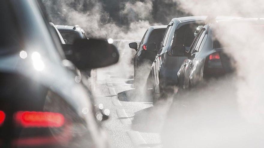 Europa propone incrementar el recorte de emisiones de los coches para 2030