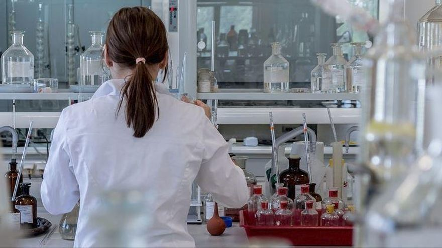 Investigadors catalans lideren un tractament per als càncers de mama més greus