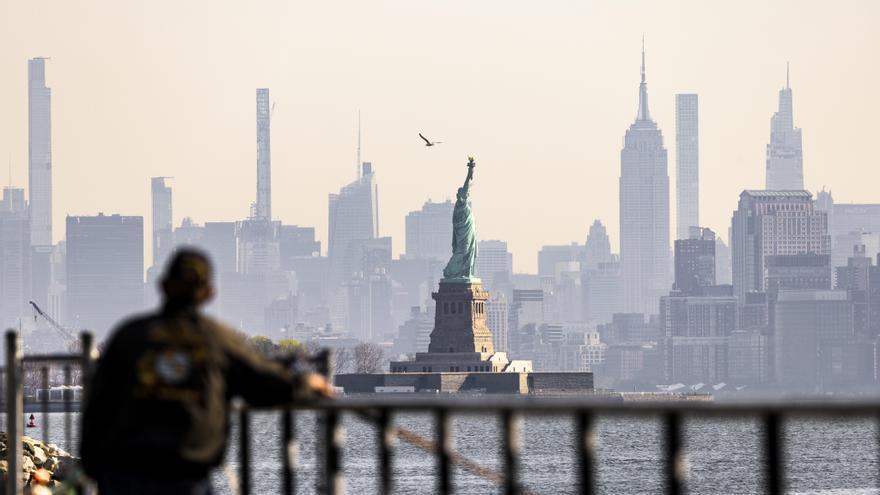 Al menos un muerto y dos heridos en un tiroteo en Nueva York