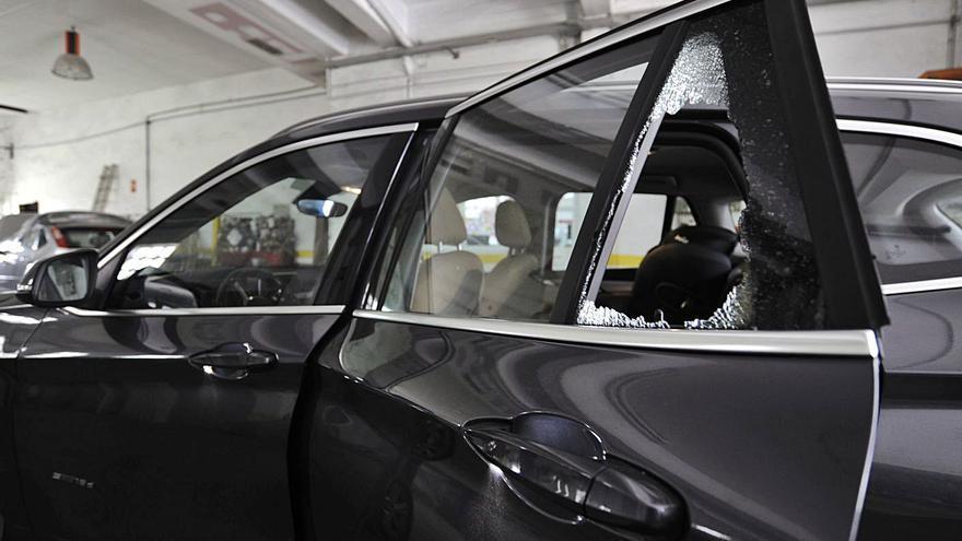 Lalín registra una oleada de robos a coches en garajes del casco urbano