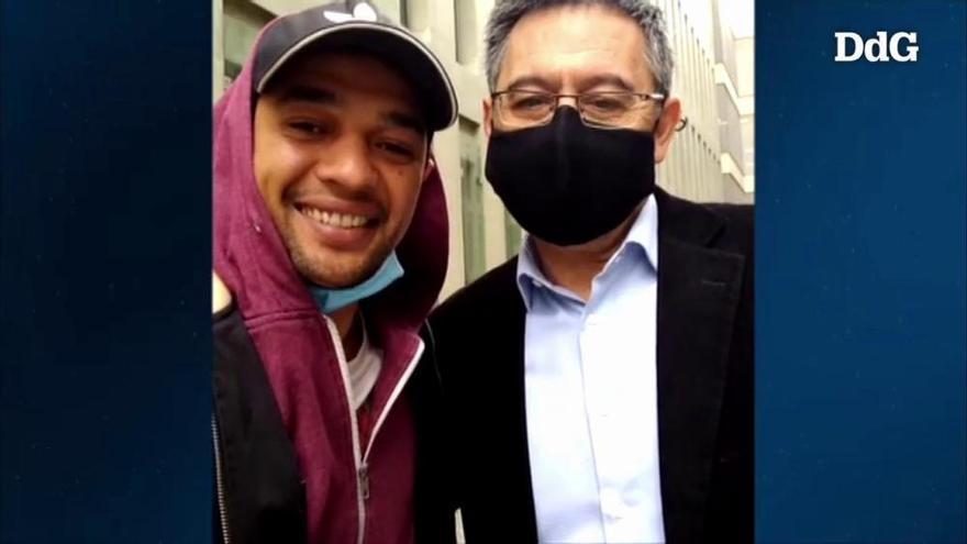 Un detingut que ha coincidit als jutjats amb Bartomeu es fa un «selfie» amb ell