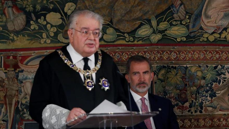 El presidente del Constitucional apela a la lealtad