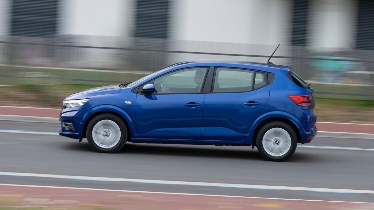 Los 10 coches híbridos más vendidos en septiembre de 2021 en España
