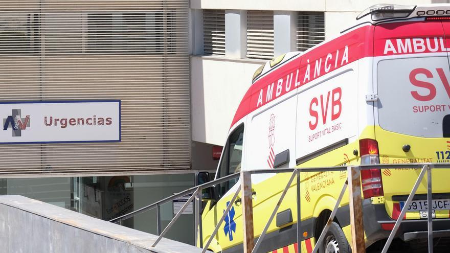 Dos operarios sufren una descarga eléctrica en Elche