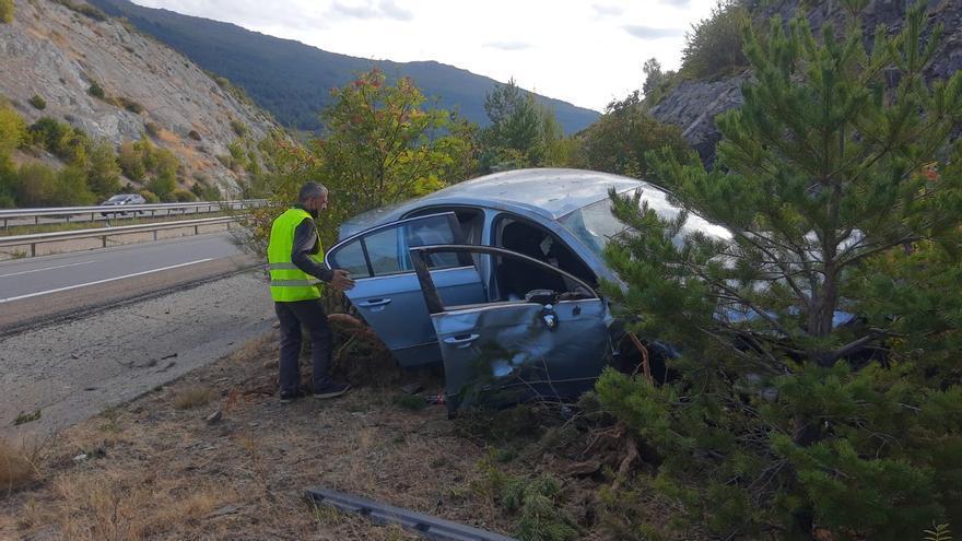 Tres heridos leves en un accidente en la autovía A-52