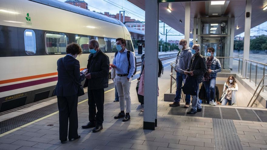 45 viajeros retoman en Zamora el tren madrugador