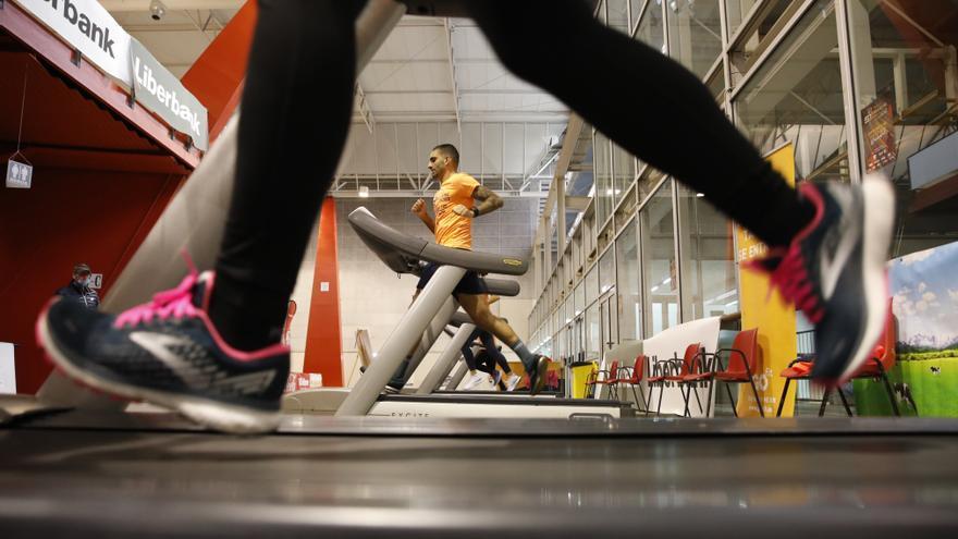¿Cuánto ejercicio físico hay que hacer para lograr beneficios para la salud? Un estudio premiado por la Universidad de Oviedo responde