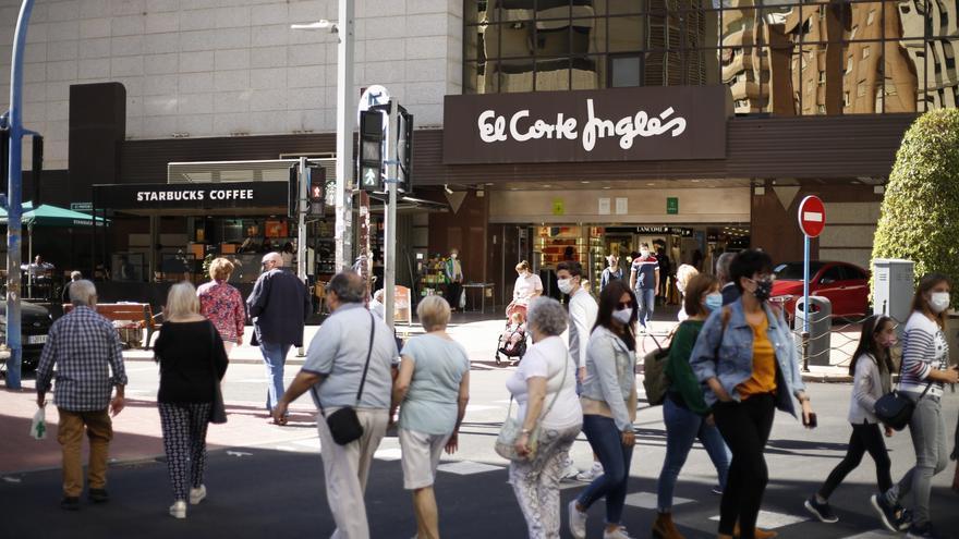 Las grandes superficies de Alicante podrán abrir los domingos y festivos a partir de este domingo hasta enero