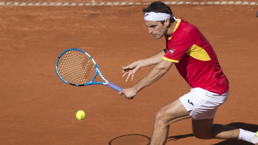 Albert Ramos da a España el primer punto en la Davis