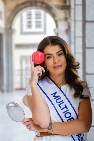Las Palmas de Gran Canaria . Candidata a Reina, Minerva Hernández  | 13/02/2020 | Fotógrafo: José Carlos Guerra