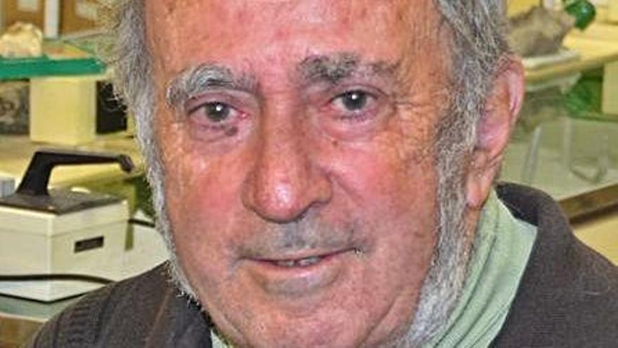 La UPC reconeix i homenatja el geòleg Josep Maria Mata