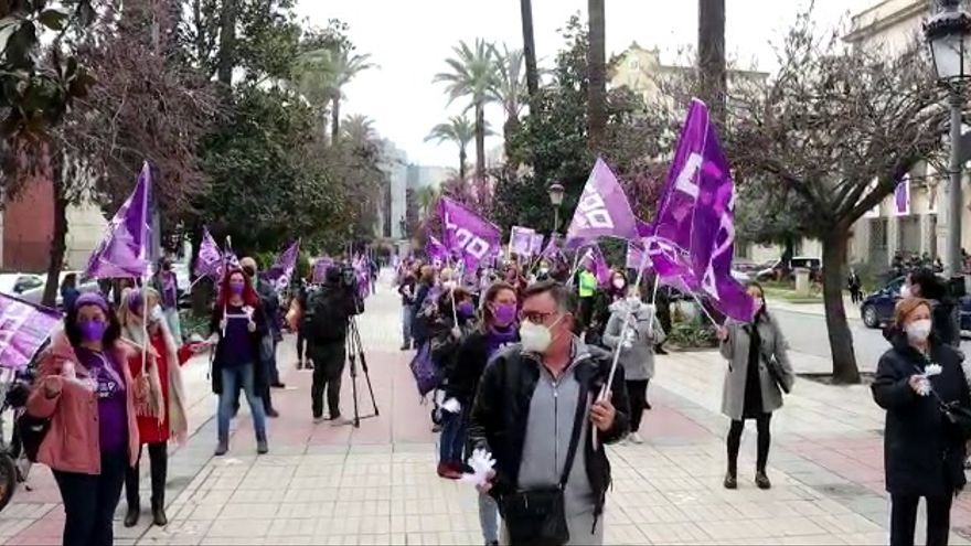 Día de la Mujer adaptado a la pandemia en Badajoz