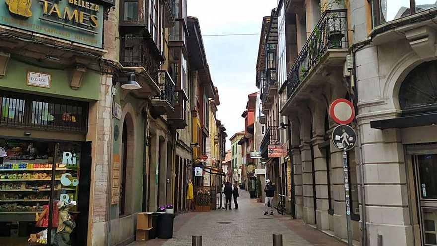 """Las nuevas medidas del cierre """"4 Plus"""" en Llanes que afectan al turismo y a la hostelería"""