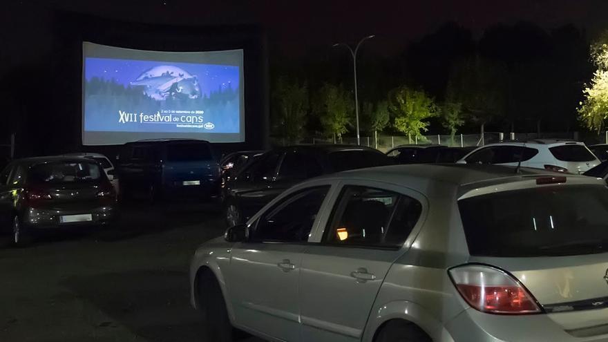 Las películas ganadoras de Cans se proyectan en un autocine