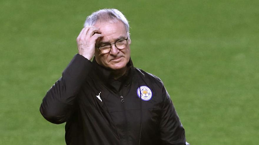 El Leicester destituye a Claudio Ranieri