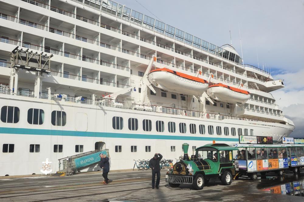 El crucero atracó este martes