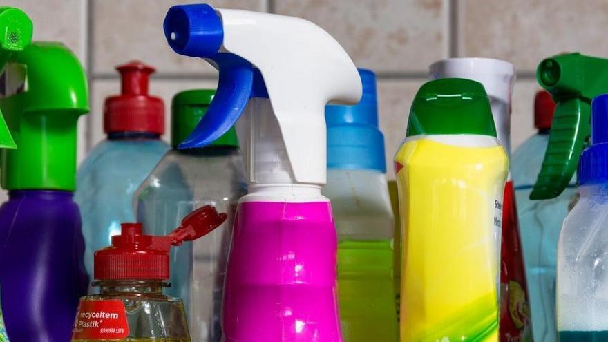 5 trucos de limpieza con agua oxigenada
