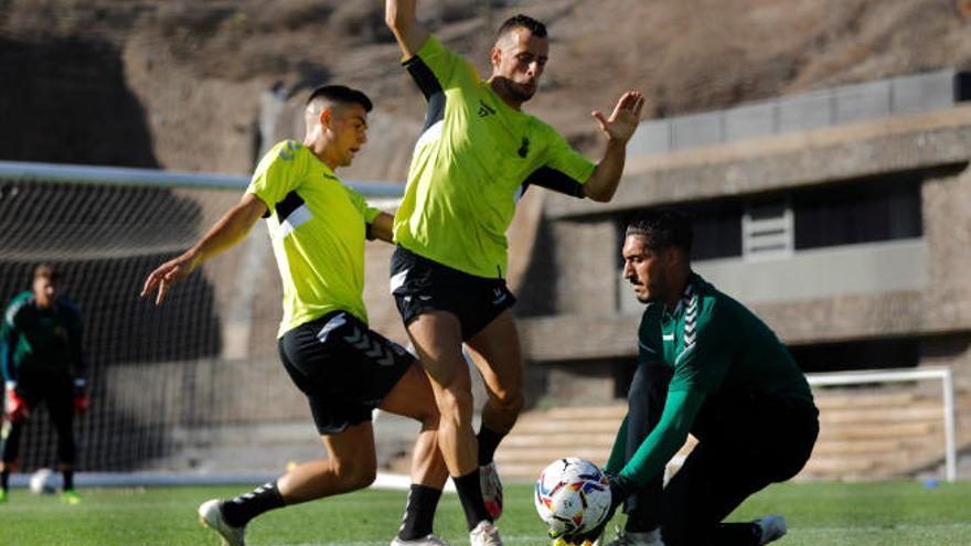La UD juega mañana su primer amistoso ante el San Mateo